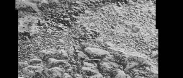 Cette mosaïque est composée des dernières images de Pluton. Crédit NASA
