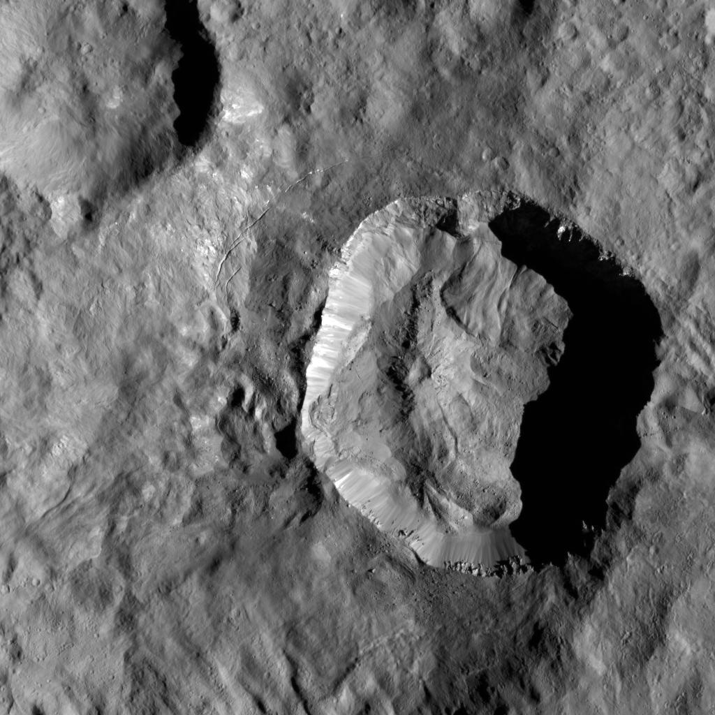 Le cratère Juling