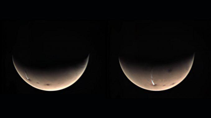 Un nuage de glace martien récurrent formé par un volcan