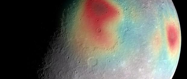 Carte du champ de gravité de Mercure : En rouge les anomalies, elles sont dues à la structure du sous-sol.