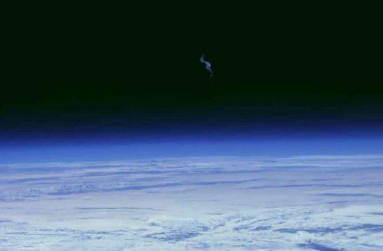 station spatiale internationale équipée en vidéo 4K