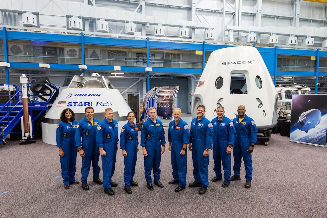 La NASA a dévoilé les noms des premiers astronautes qui effectueront des vols commerciaux privés.