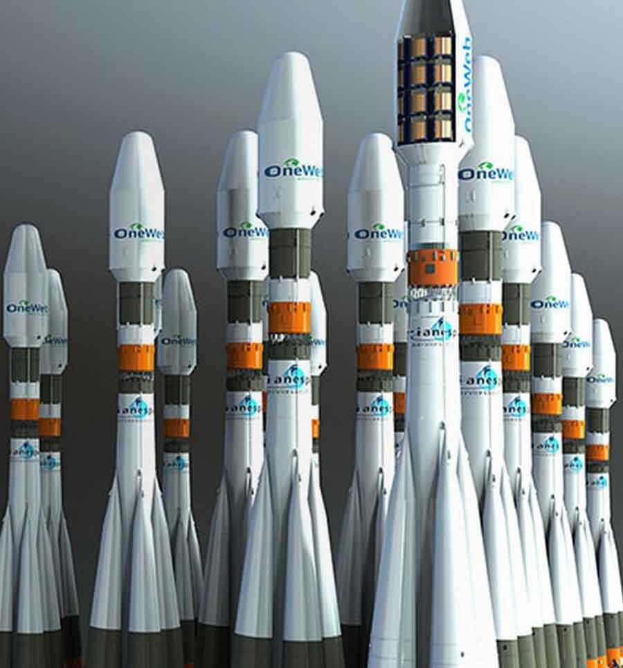 L'armada de lanceurs pour la constellation de 900 satellites. (Crédit OneWeb)