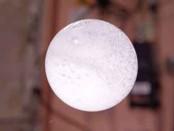 bulle d'eau colorée