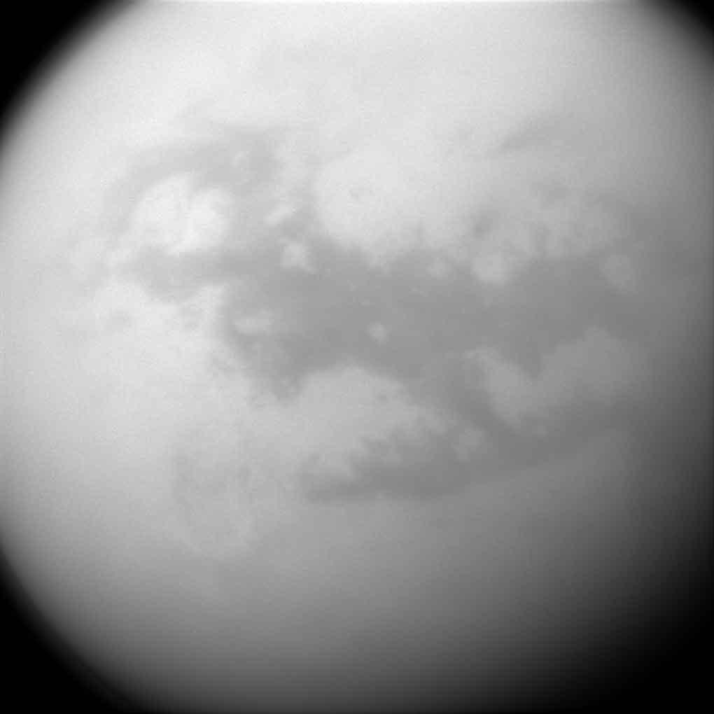 La résolution est de 4 km par pixel. Crédit NASA