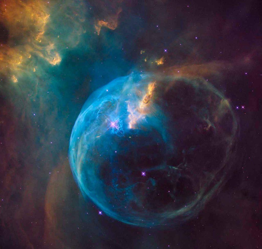 Une bulle cosmique pour l'anniversaire d'Hubble. Crédit: NASA, ESA, Hubble Heritage Team