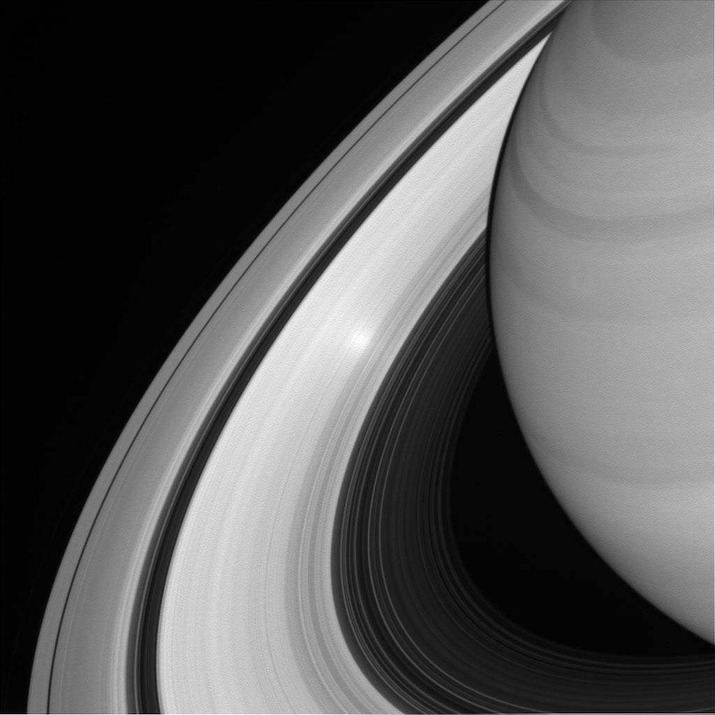 Cette image a été prise le 26 juin 2016 par la sonde spatiale Cassini à une distance de 1,5 million de kilomètres. Crédits: NASA/ JPL