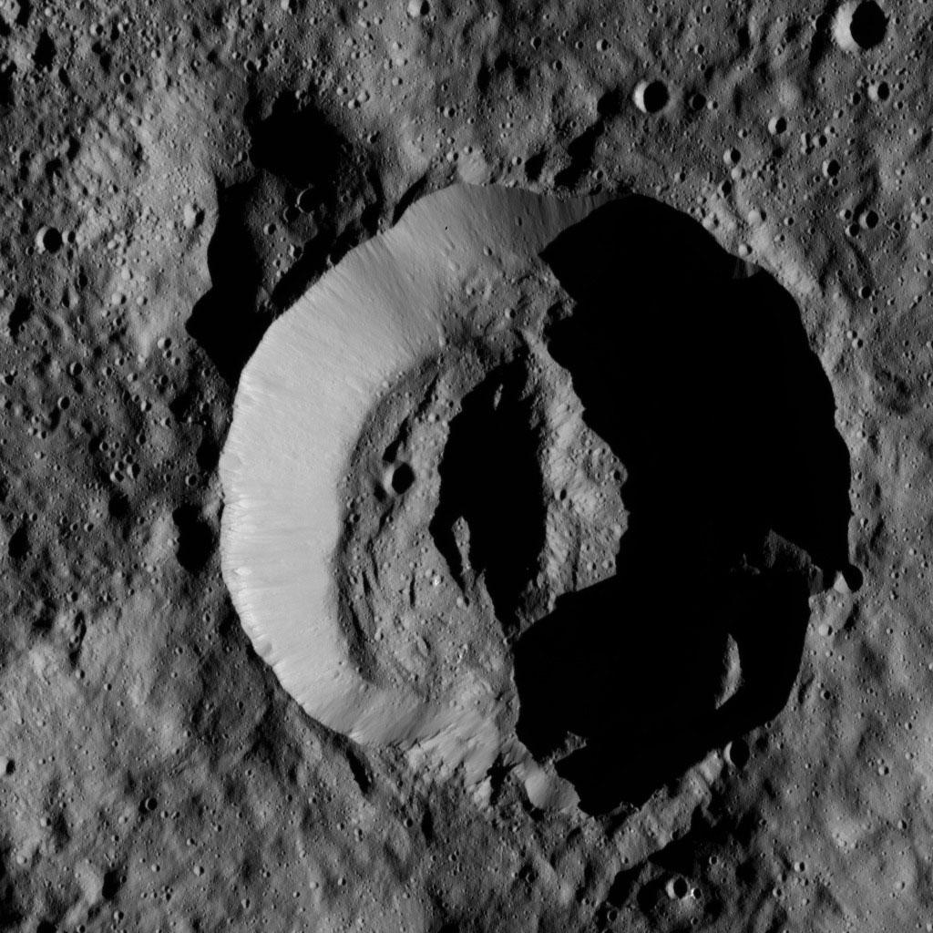 Laukumate Crater