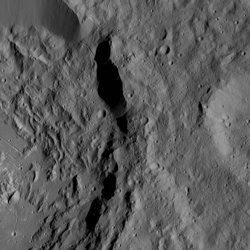 Ikapati Crater