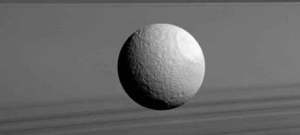 Les plus belles images de Cassini en 2016