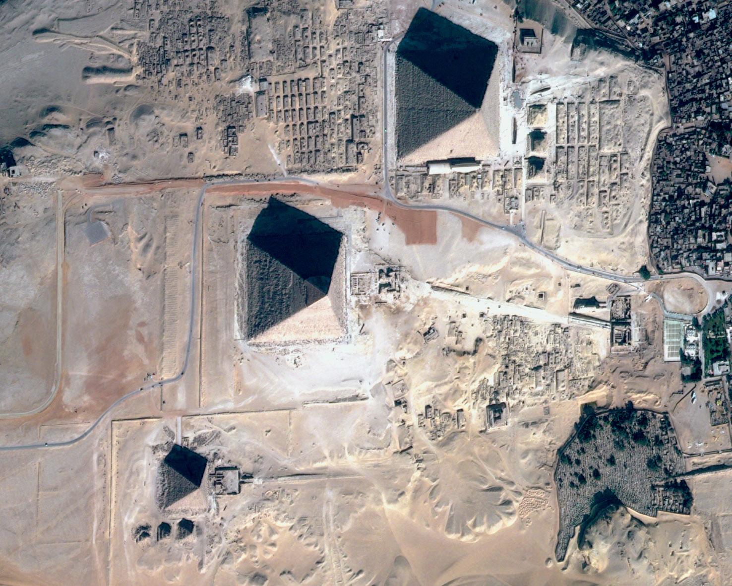 пирамиды египта фото со спутника пришла беда