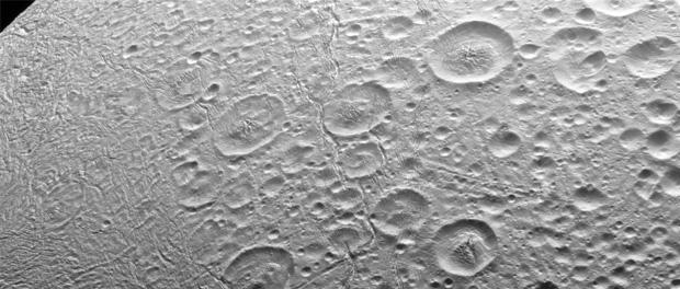 Le pôle Nord d'Encelade
