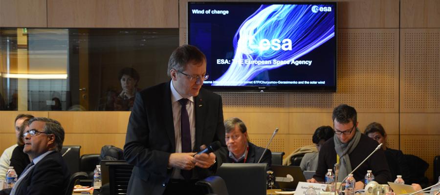 12000794ced Vente aux enchères d objets spatiaux à la Cité de l Espace (ESA)