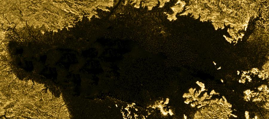 les mers et lacs de Titan