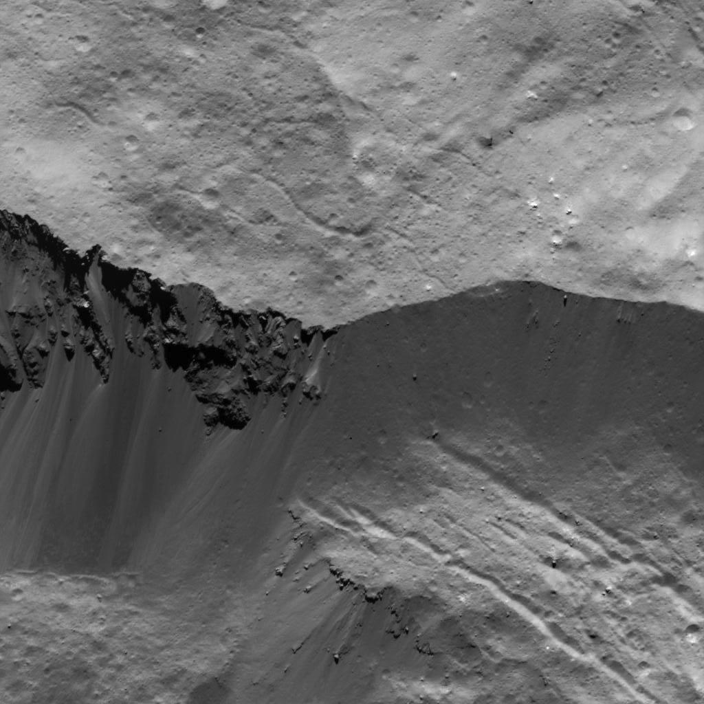 Les pentes du cratère Occator