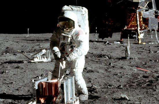 retranscriptions audio de la mission Apollo 11