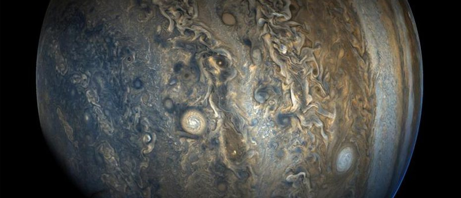 croissance perturbée de Jupiter