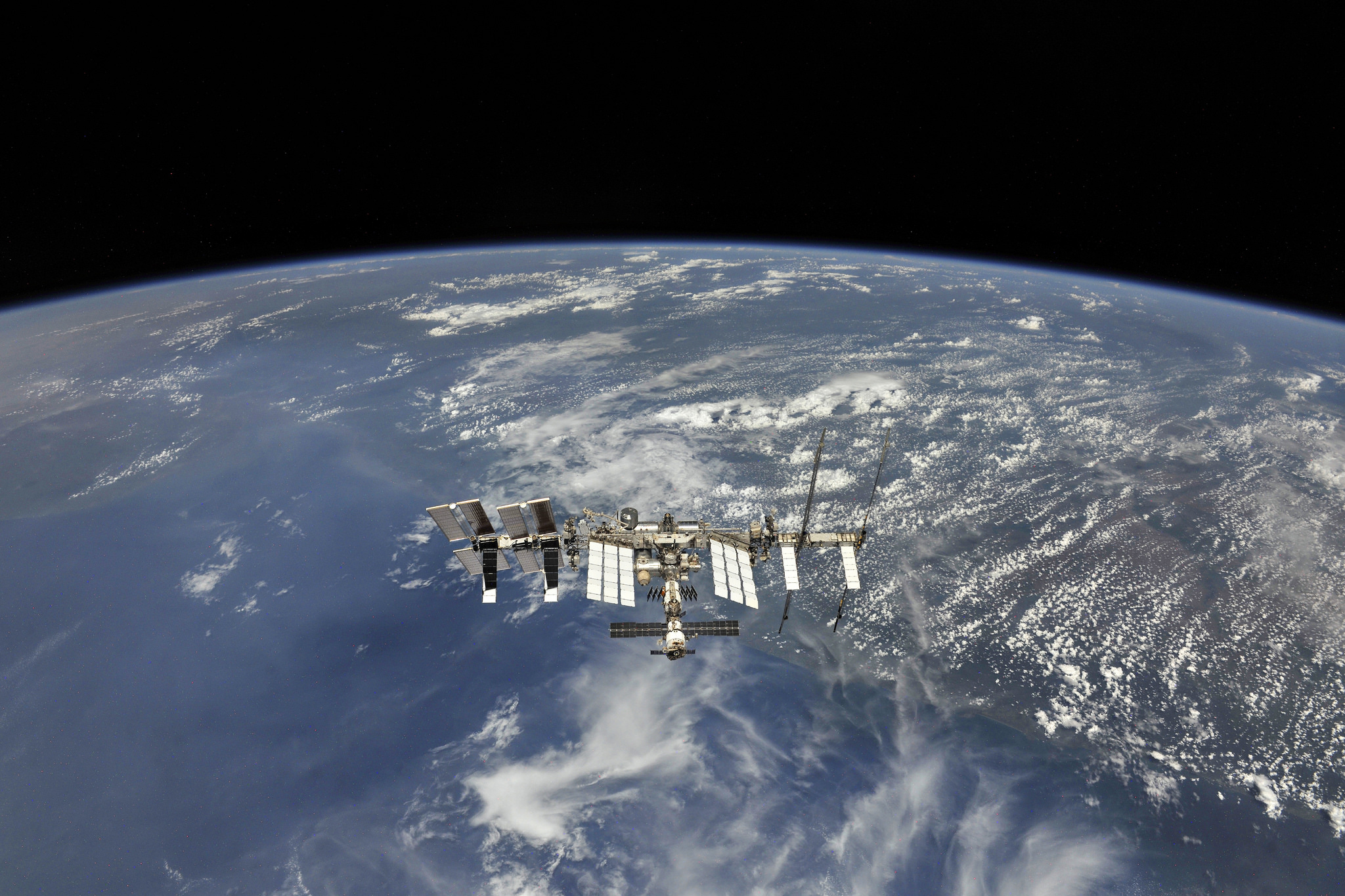 nouvelles photos de La Station Spatiale Internationale (ISS)