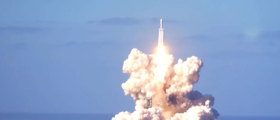 Lancement Falcon Heavy