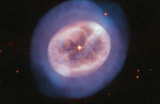 Une nébuleuse planétaire observée par Hubble