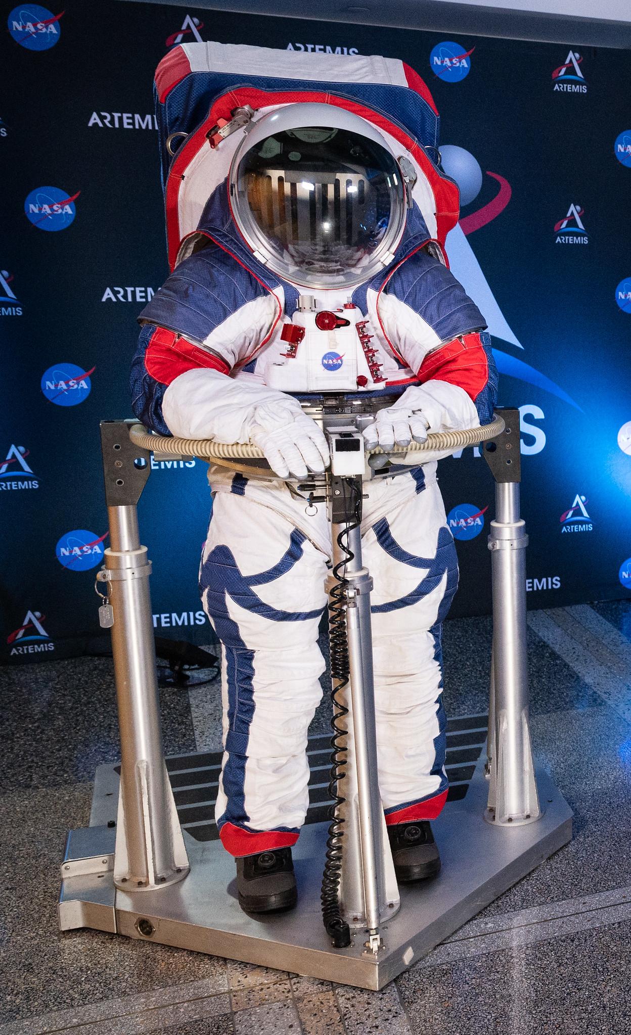 Le prototype du prochain scaphandre spatiale de la NASA