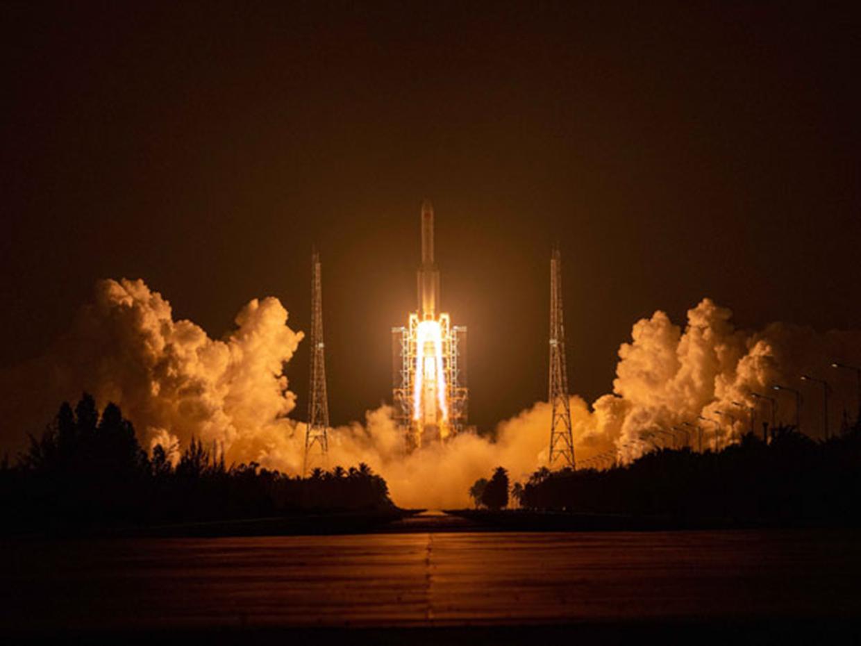 Retour gagnant pour Long March-5 : C'est Noël pour le spatial chinois