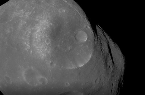 Nouvelles images de la lune Phobos par la sonde Mars Express