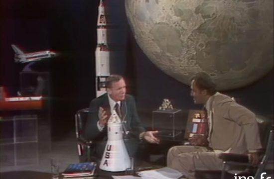 """Neil Armstrong invité des """"Dossiers de L'Ecran"""""""
