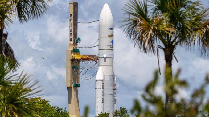 Arianespace lancera trois satellites pour Intelsat avec Ariane 5 et Ariane 6