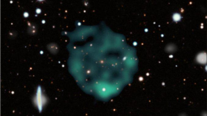 Observation d'objets astrophysiques circulaires non identifiés